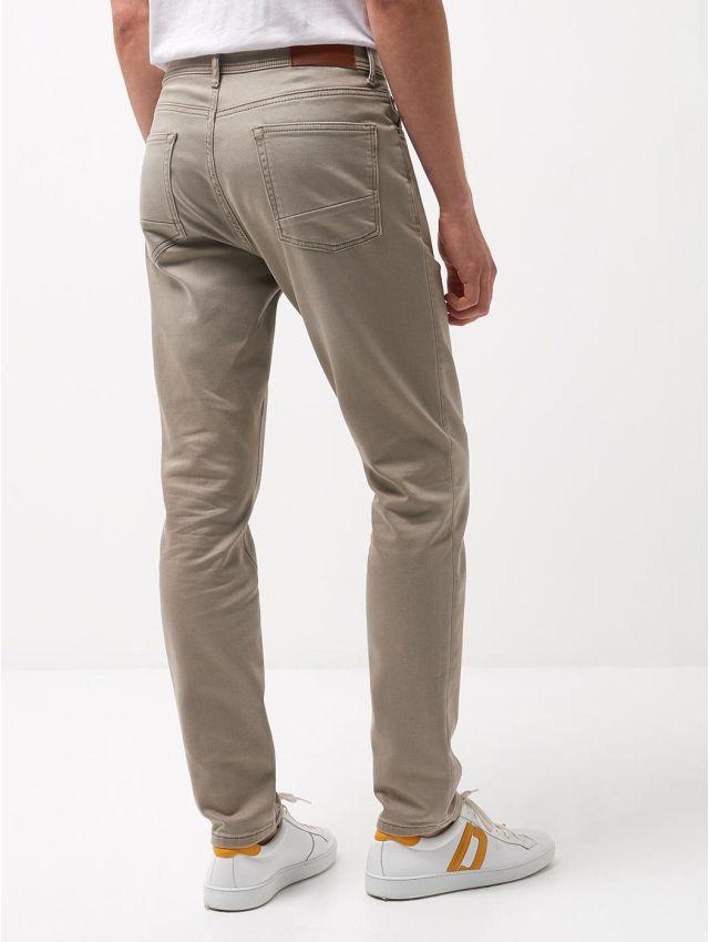 Jean couleur slim en coton mélangé